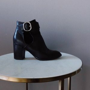 MAJE BLACK LEATHER ANKLE BOOTS
